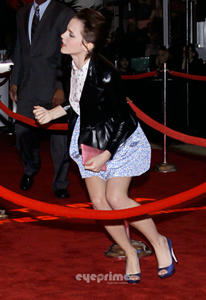 Emma Watson au festival Tribeca de New York. Th_112094141_Image0015_122_13lo